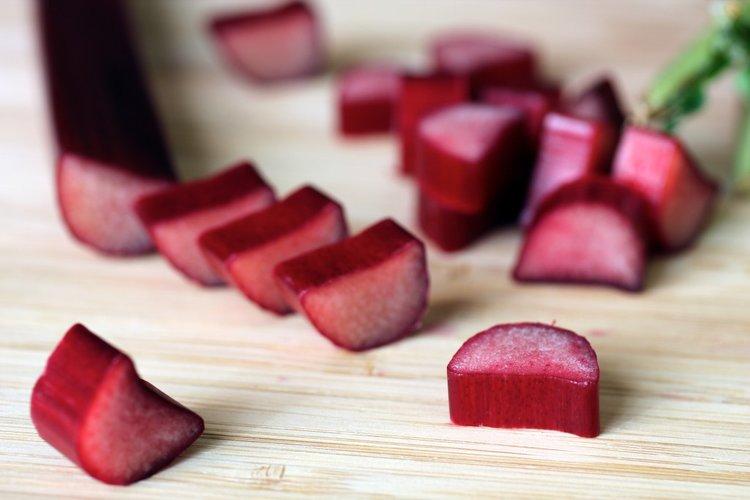 Sliced rhubarb (Source: Burnt Lumpia)