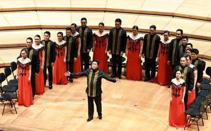 The Philippine Madrigal Singers, one of many choirs around the world that have added  Rosas Pandan  to their repertory.