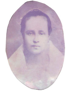 Inez Calixto, wife of Ambrocio Tempongco (pictured on the left), was the grandmother of Esther Tempongko y L'heritier, daughter of Felipe and Leocadia Tempongko (on the right).