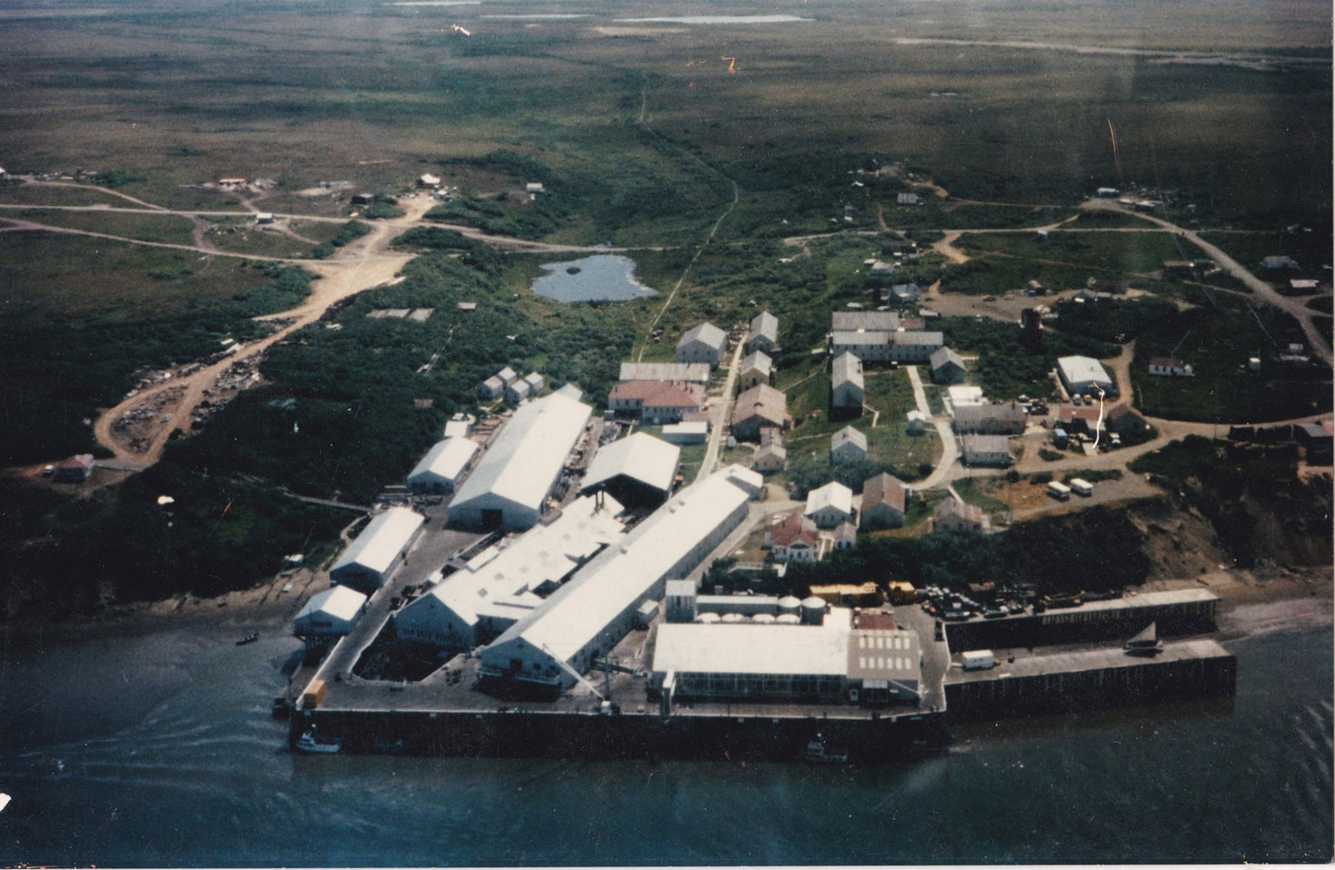 Aerial photo of the NakNek Cannery ca. 1979. Courtesy of Gary Johnson, former superintendent, 1979-1997.