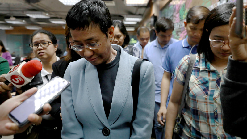 NBI agents arrest  Rappler  CEO Maria Ressa (Photo by Eloisa Lopez/Reuters)
