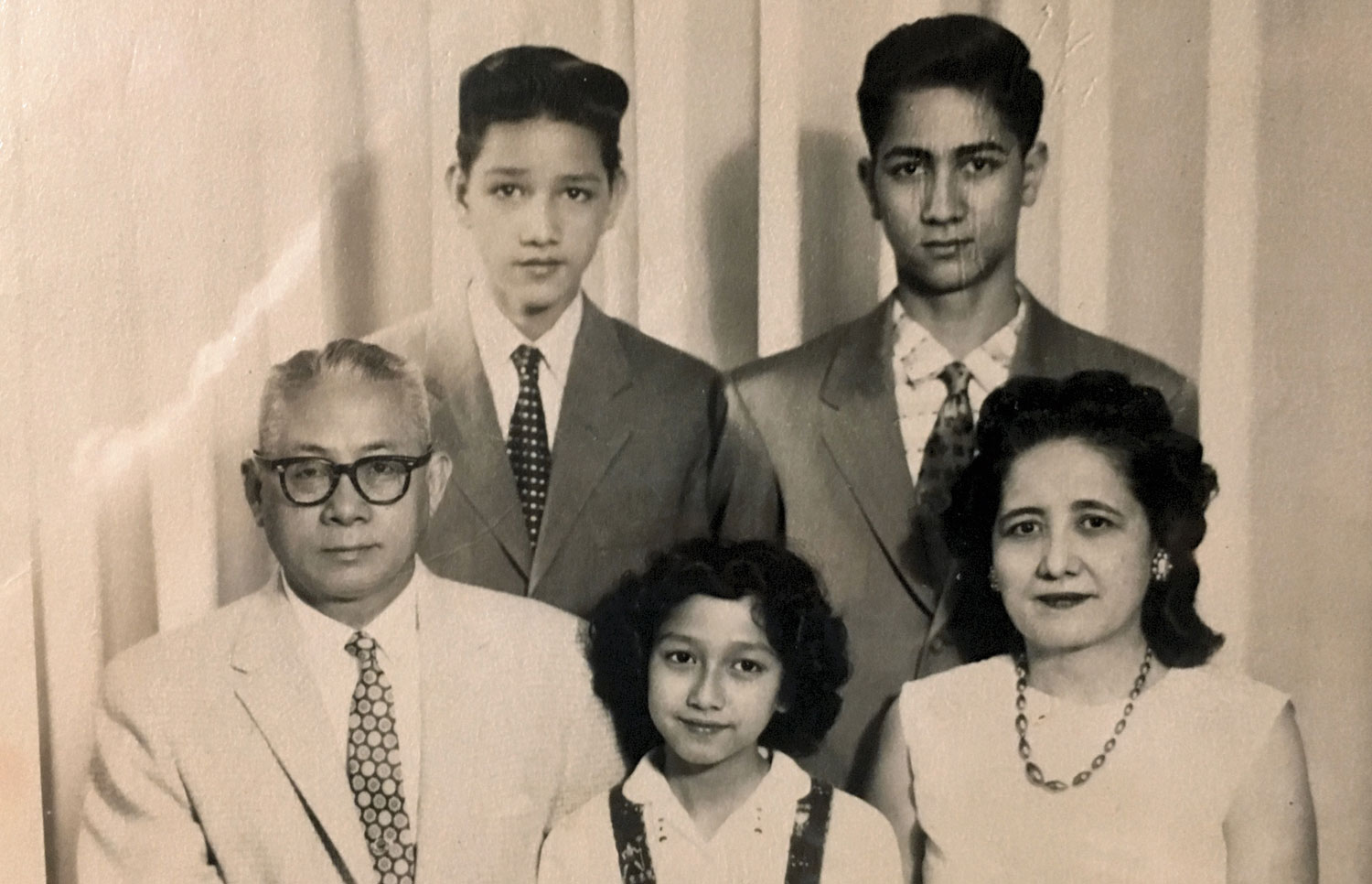 The Peñaranda family in Vancouver, Canada. Gil is standing on the right.