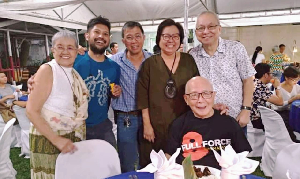 The author's UG group held a reunion on March 19, 2019 on the occasion of Ricky Lee's birthday. Left to right: Flor Caagusan, Diego Maranan (the son of former detainees Aida Santos and Ed Maranan, representing his parents), Cesar Carlos, Jo-Ann Maglipon, Ricky Lee. Seated: National Artist Bienvenido Lumbera.
