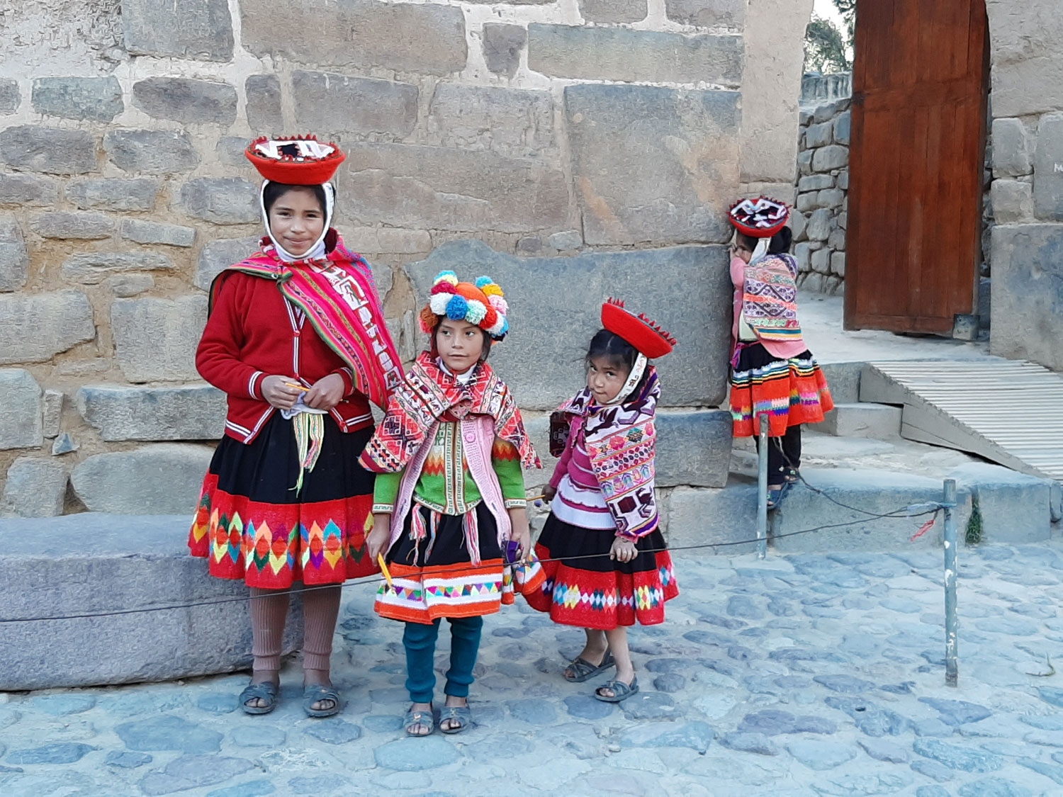 Children in the Sacred Valley (Photo by Bella Bonner)
