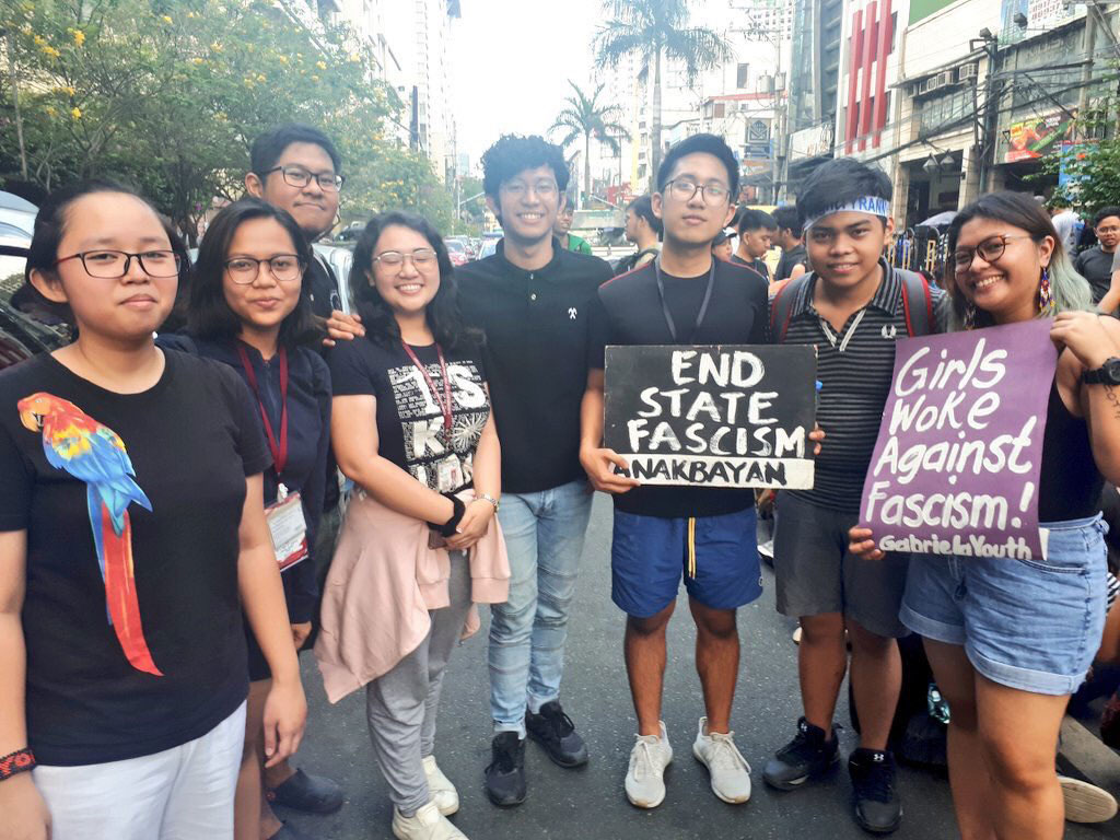 Manila Science High School students at #WalkOutPH (photo by Jed Marcueto)