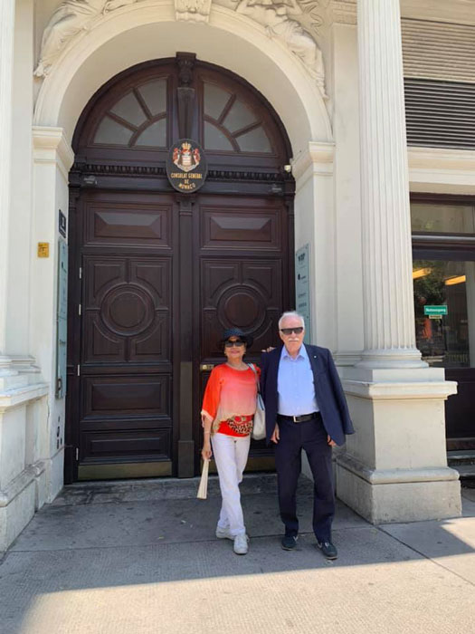 Malou and Irmfreid Reininger in front of their home in Vienna.
