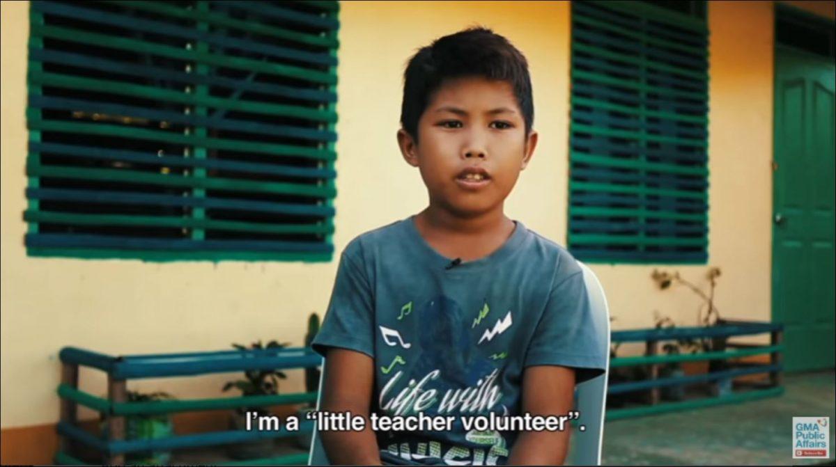 """Dagul"" a 12-year old volunteer teacher (Source: GMA News)"