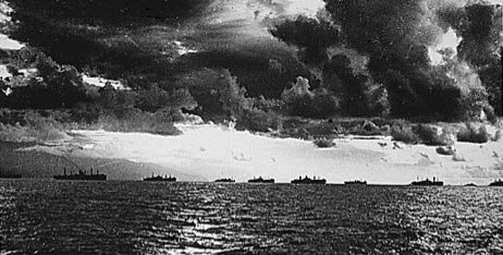 The U.S. Armada (U.S. 3rd Fleet and U.S. 7th fleet) on its way to Leyte Gulf. (US Navy Archive.)
