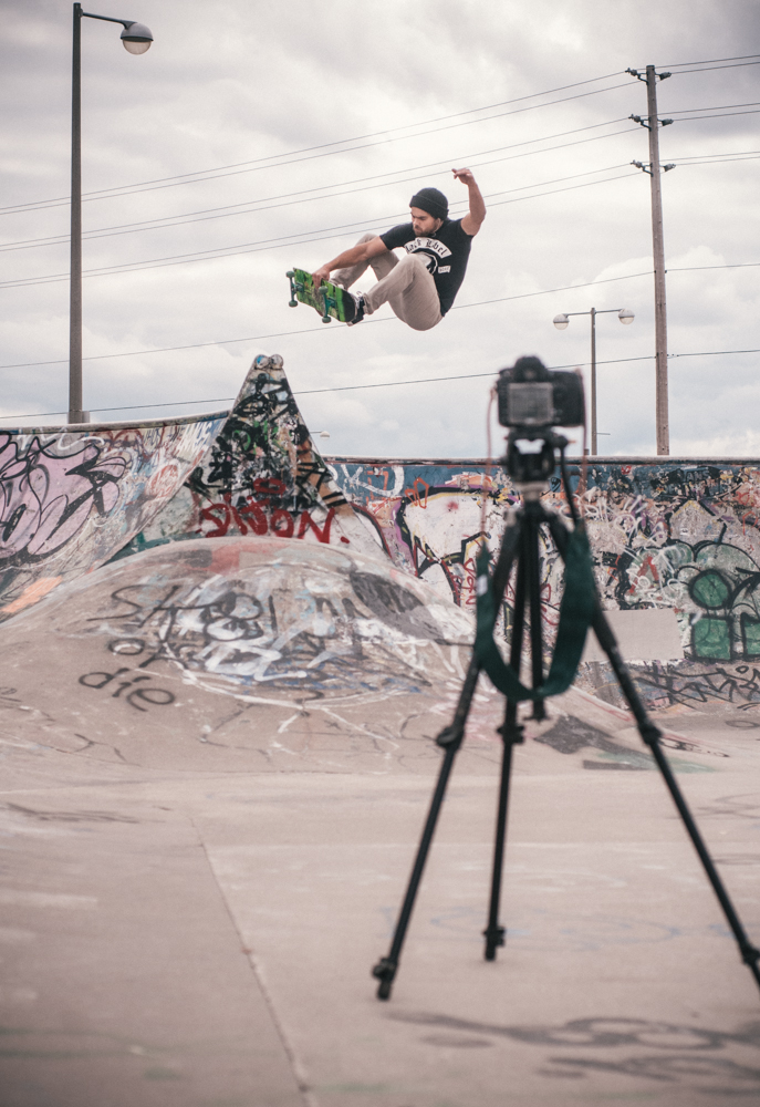 Trejo doing his thing and throwing up a frontside air.