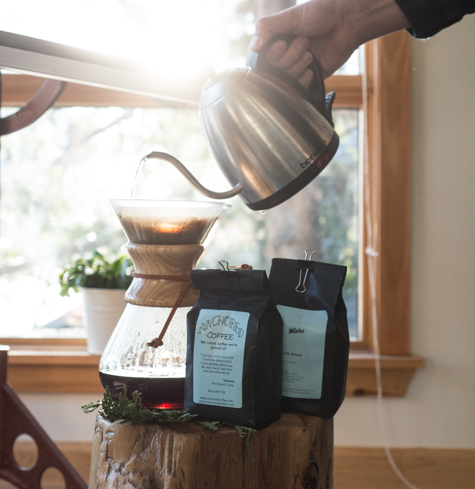 Our Columbian Roast steaming in that ol' Chemex!