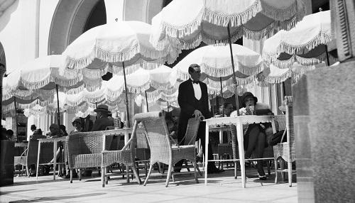 Jacques Henri Lartigue Bibi au Palais de la Méditerranée, Nice, 1929