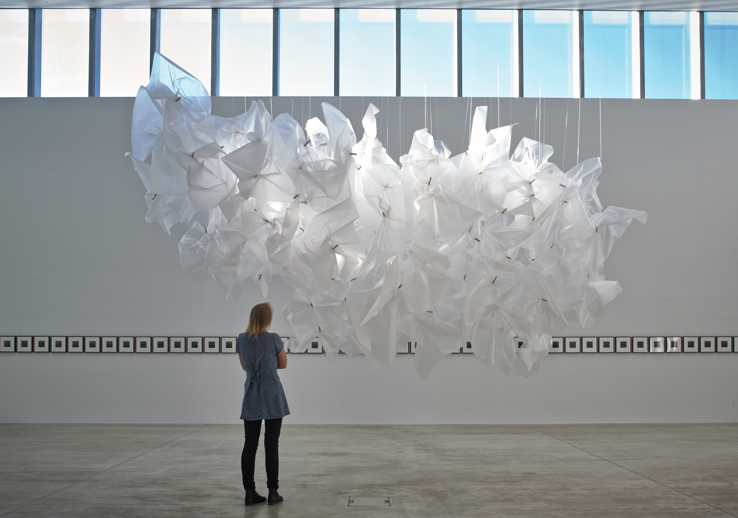 Spencer Finch  Passing Cloud (After Constable), 2014  Light fixtures, filters, monofilaments and clothes pins  Courtesy the artist and Lisson Gallery  Photo Stephen White