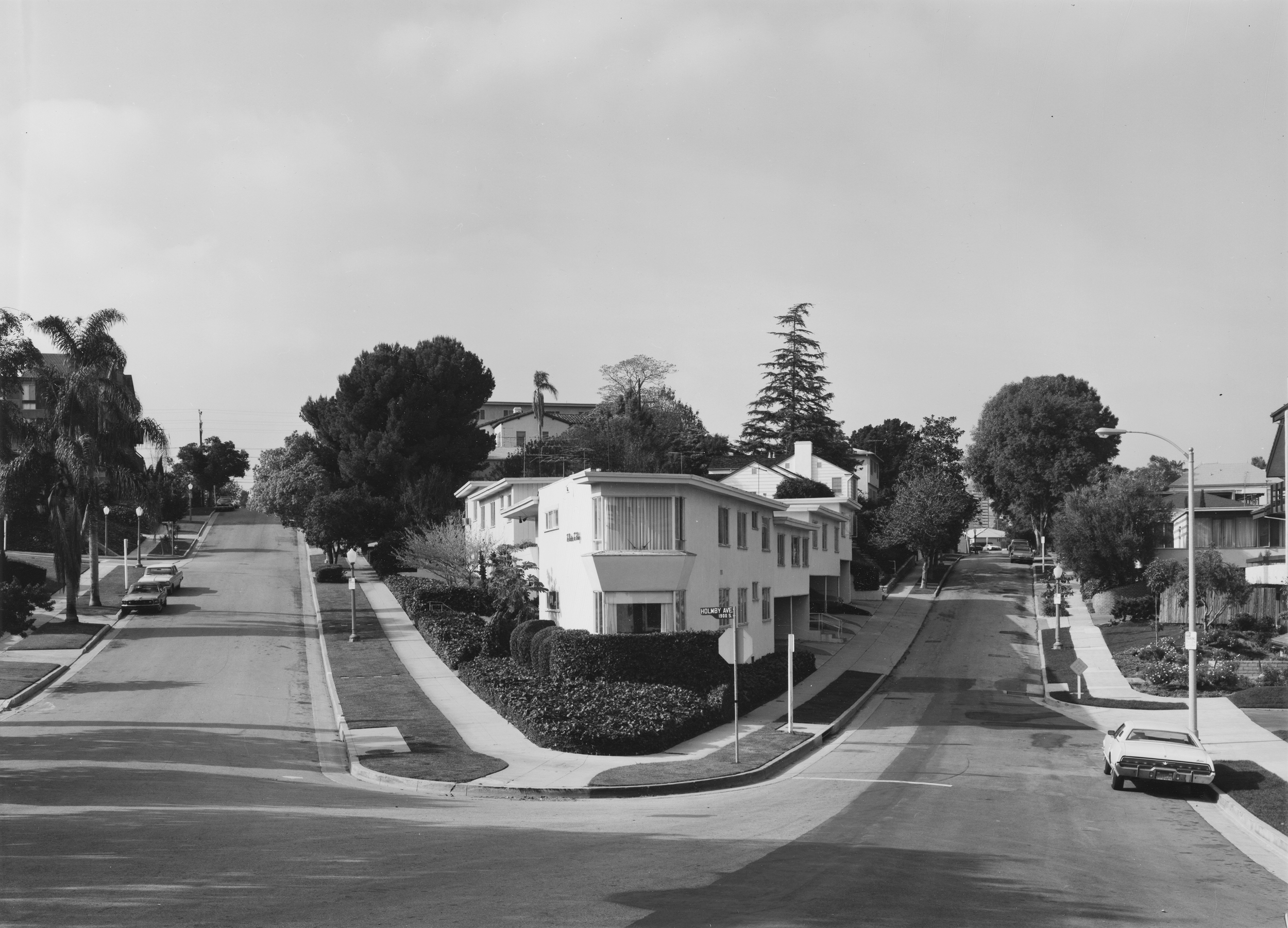 Bevan Davies, Holmby Ave., Los Angeles, 1976 vintage gelatin silver print, 16 x 20 inches