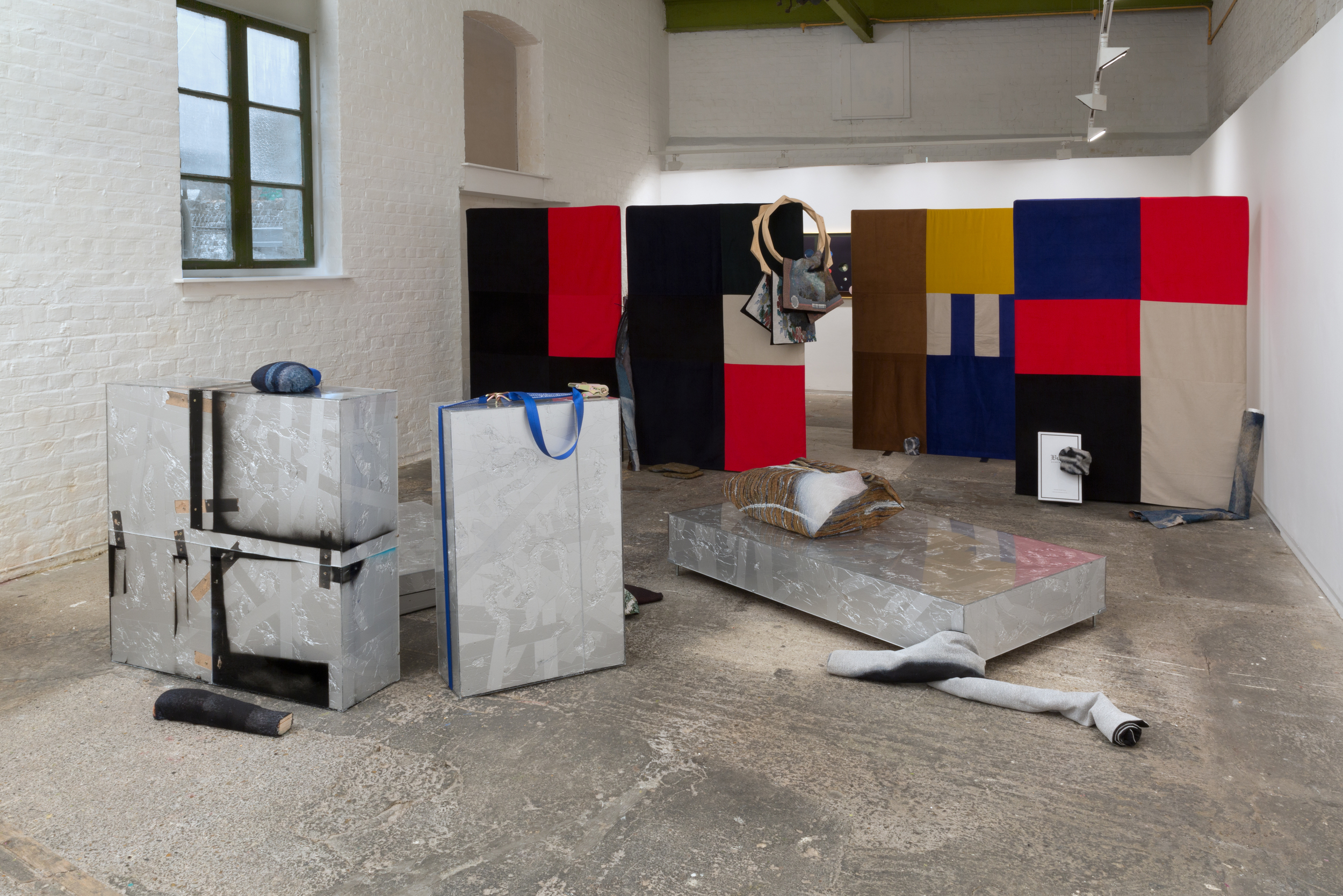Between Acts , Installation View (2015). Courtesy of Nigel Massey & Limbo. Photo: Peter White