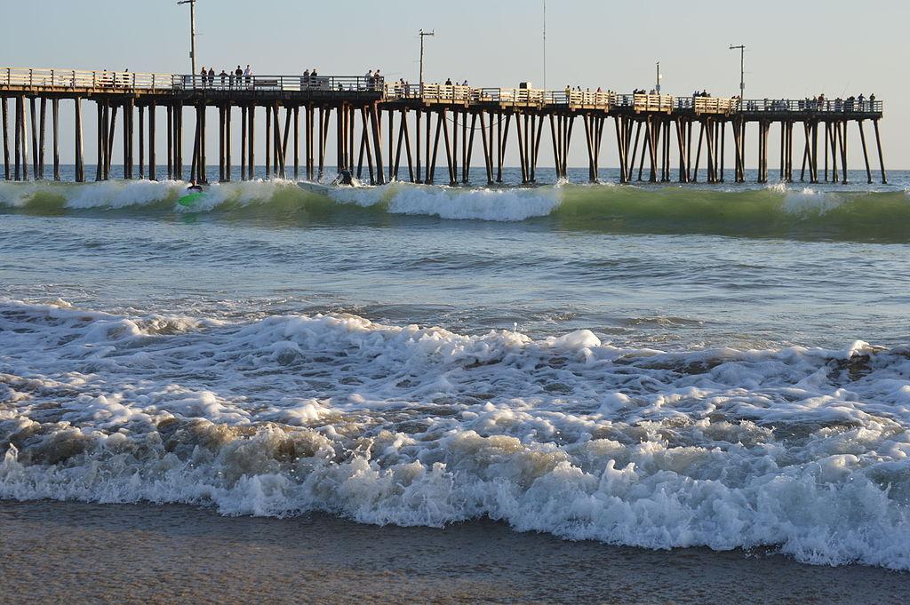 By Blake Carroll (Own work) [CC0], via Wikimedia Commons |https://commons.wikimedia.org/wiki/File%3APismo_Beach%2C_California_02.JPG