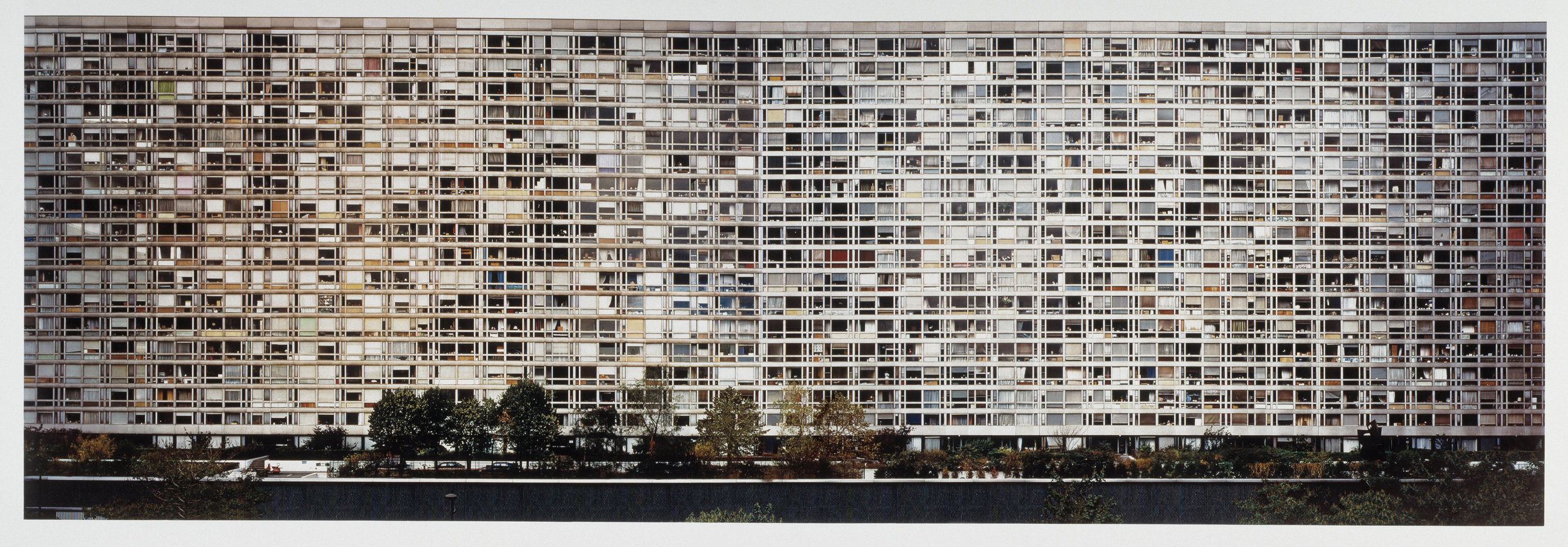 Andreas Gursky,  Paris Montparnasse , 1993. Credit: © Tate, London 2018