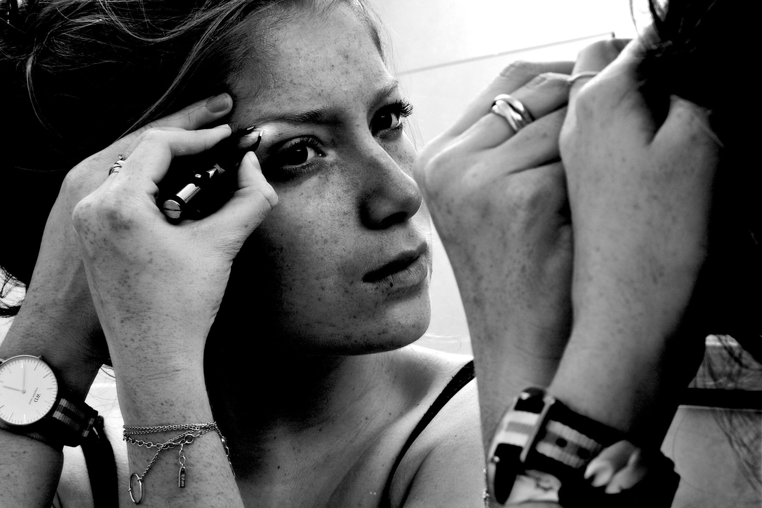 Shooting photo noir et blanc projet jolie Lara Lutz