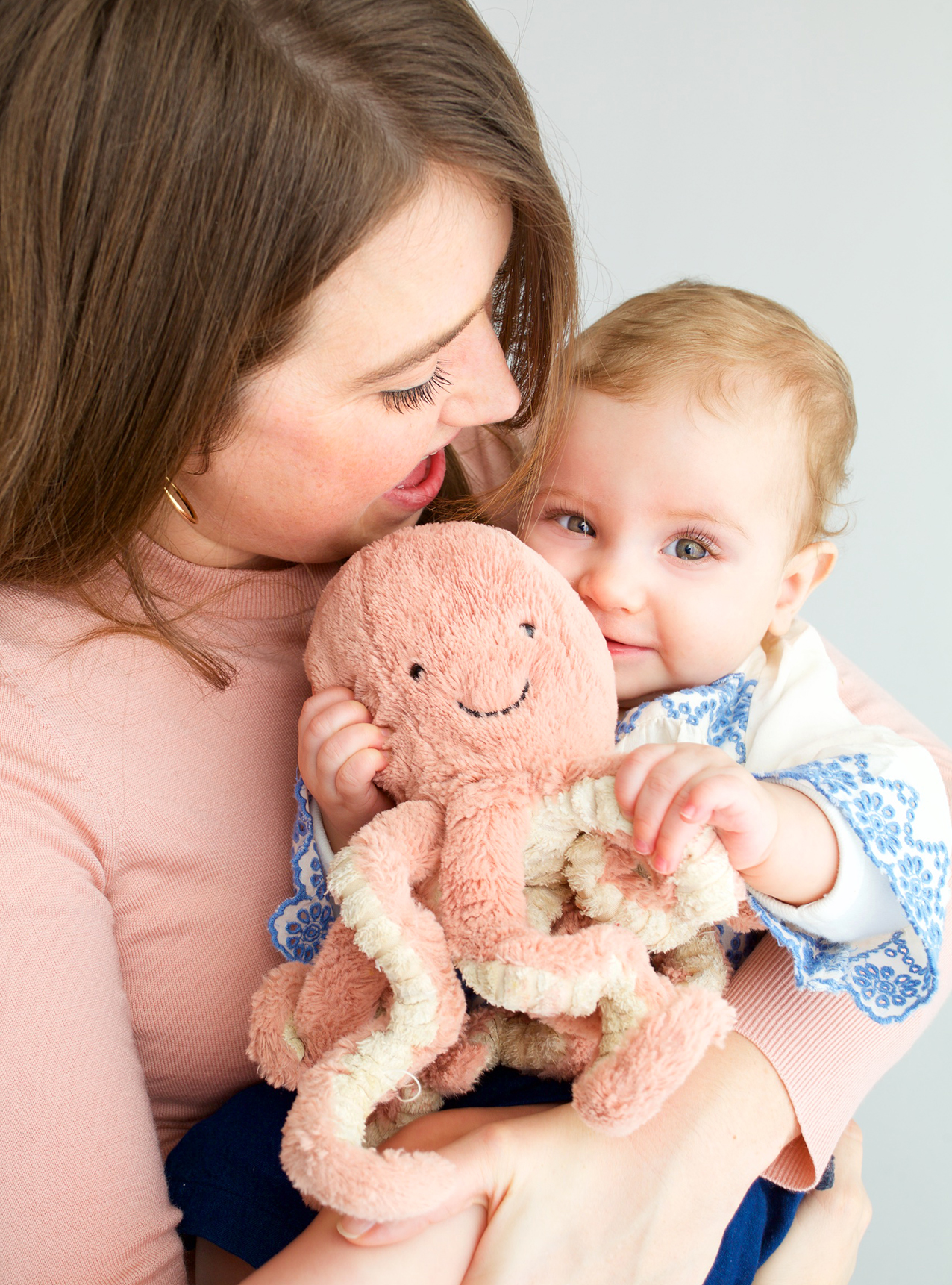 bebe maman doudou lara lutz photographe famille.jpg