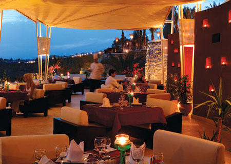 Moonlight-Restaurant.jpg