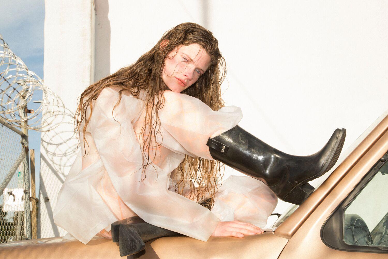 Carolina Burgin by Noua Unu Studio and GV712