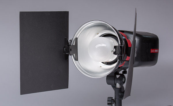 "Mounted on a 7""reflector on a strobe head"