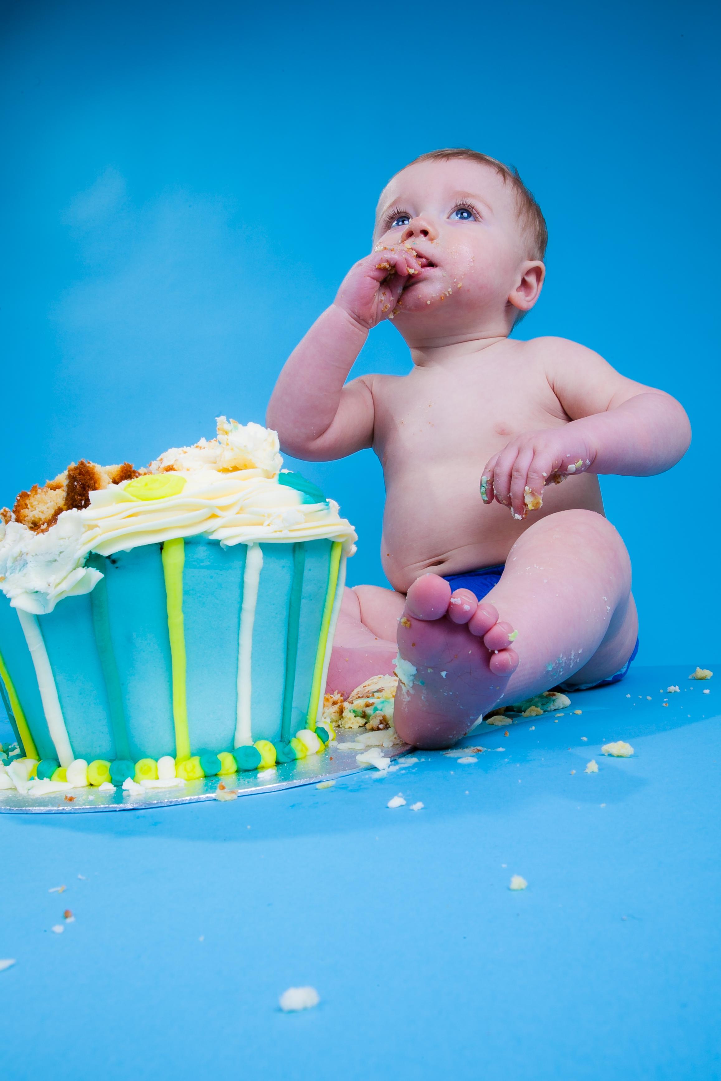 smash the cake.jpg