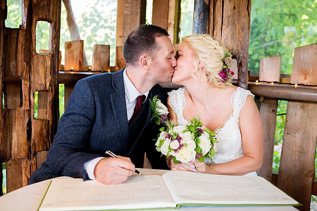 Alnwick-gardens-treehouse-wedding-photography-19.jpg