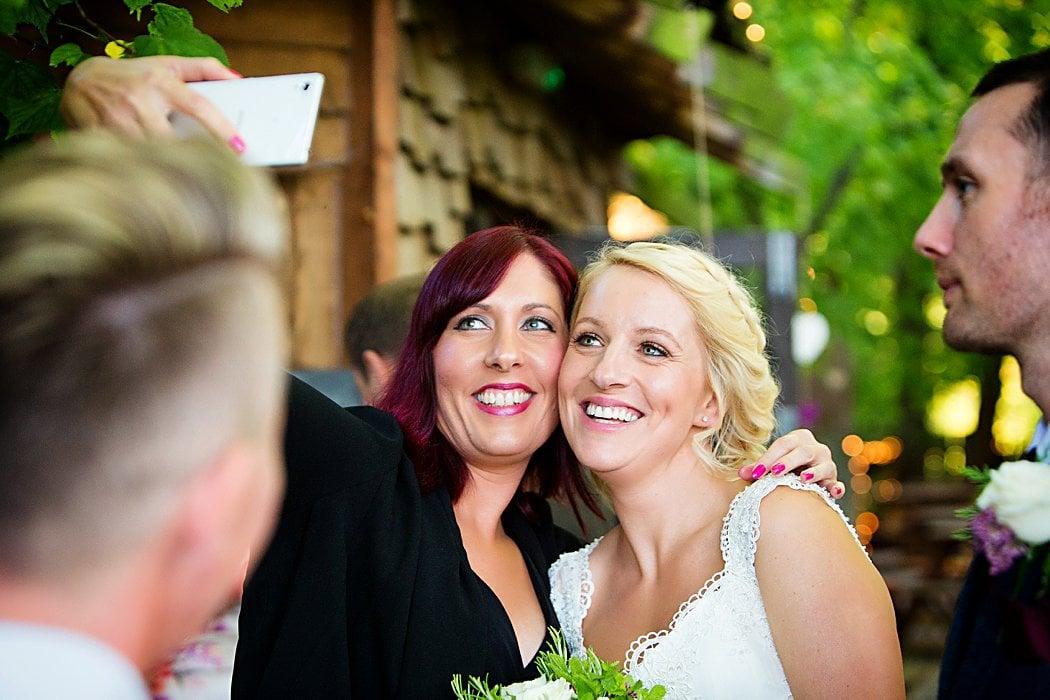 Alnwick-gardens-treehouse-wedding-photography-22.jpg