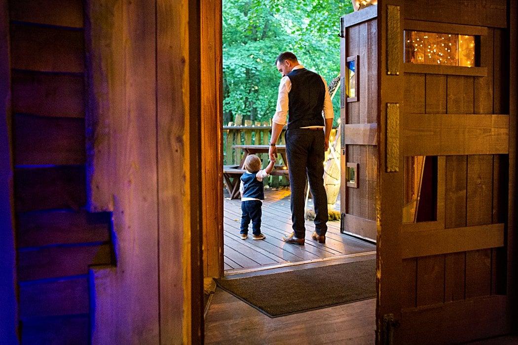 Alnwick-gardens-treehouse-wedding-photography-32.jpg
