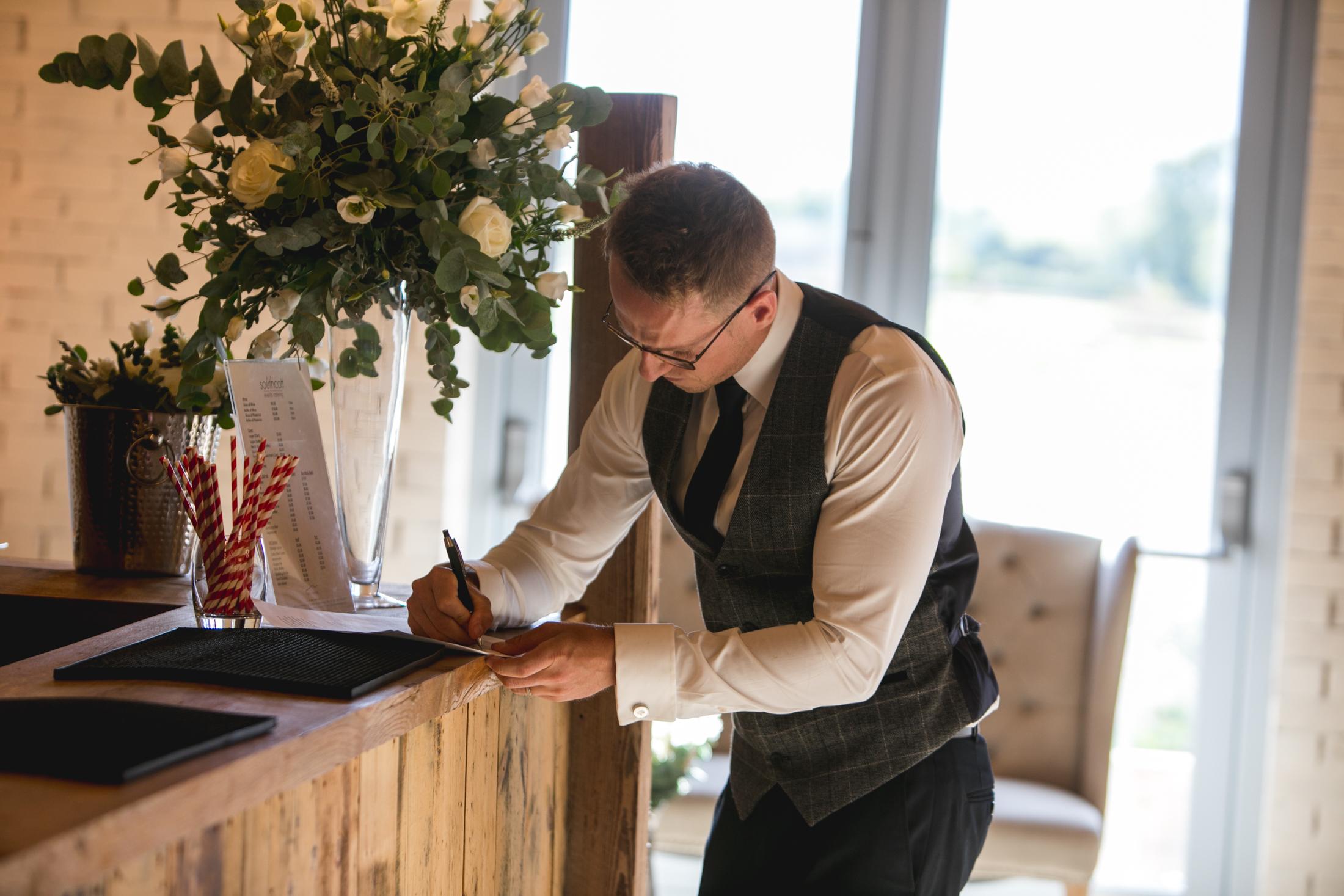 EDEN BARN WEDDING PHOTOGRAPHER-1-8.jpg