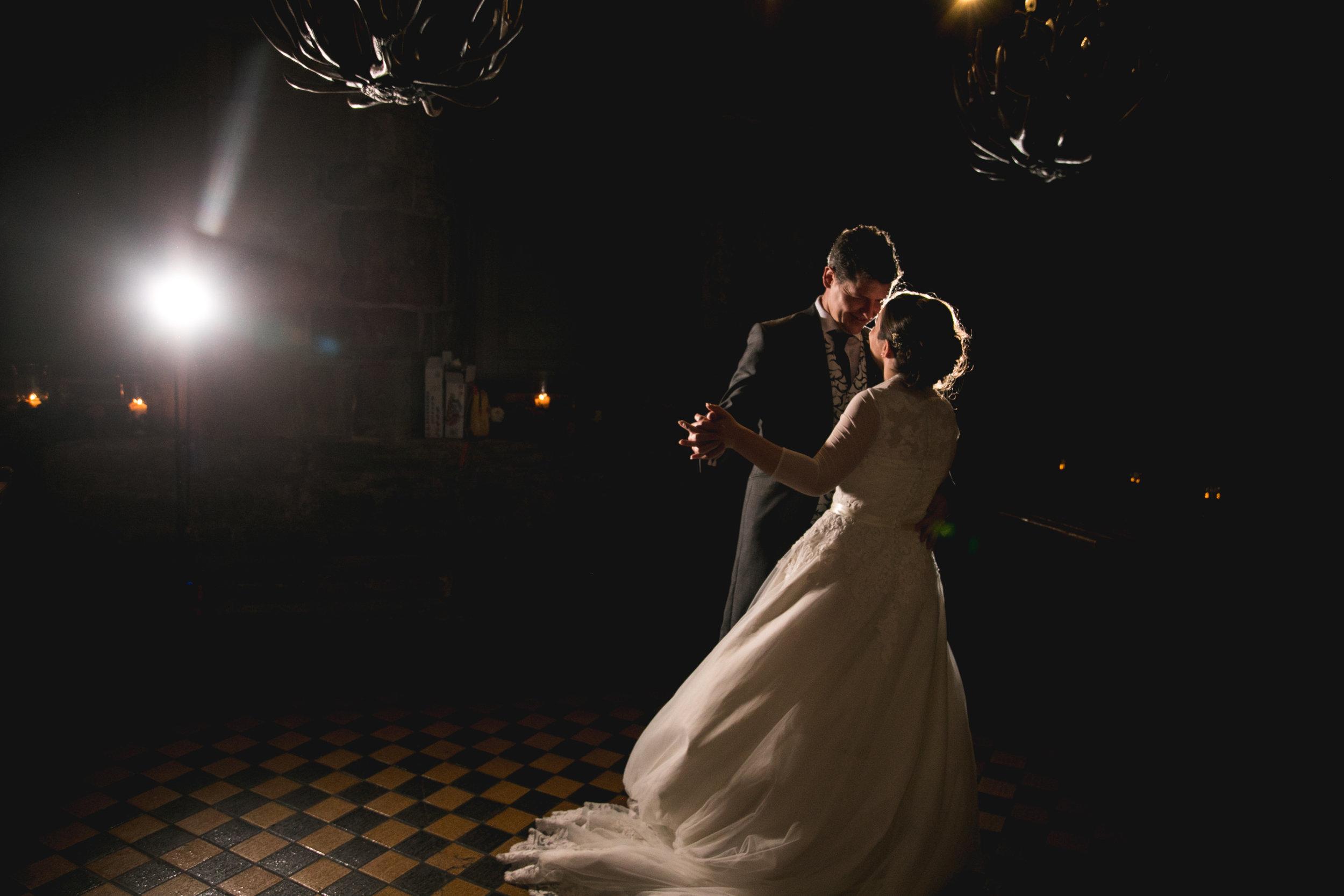 NEWCASTLE WEDDING PHOTOGRAPHER-1-173.jpg