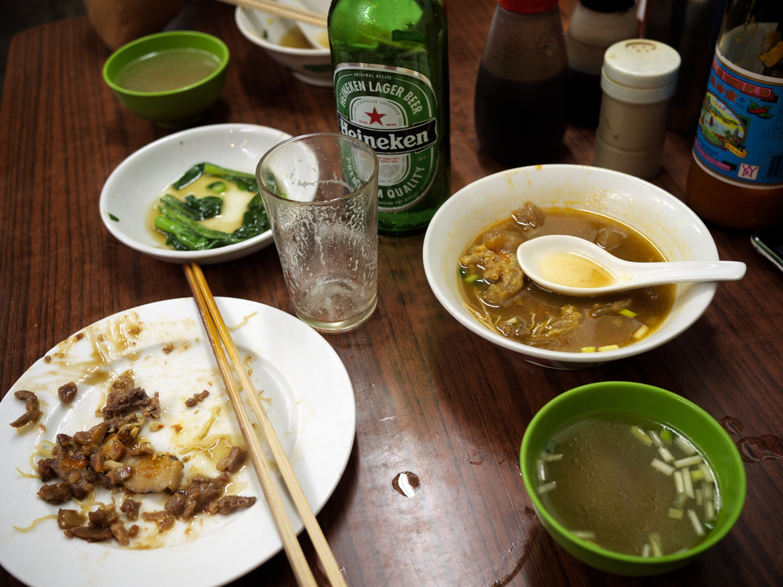 FOOD-Noodles_2011-09-08_20-21-58_P1040523_©JosephLinaschke2011.jpg