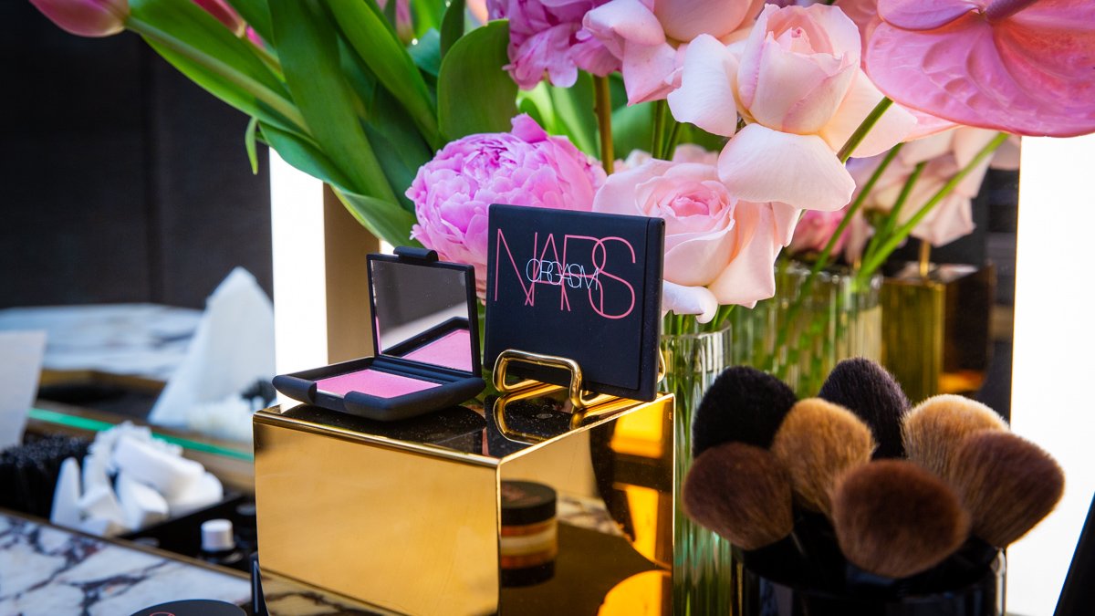 Brisbane event photographer and product photographer for cosmetics