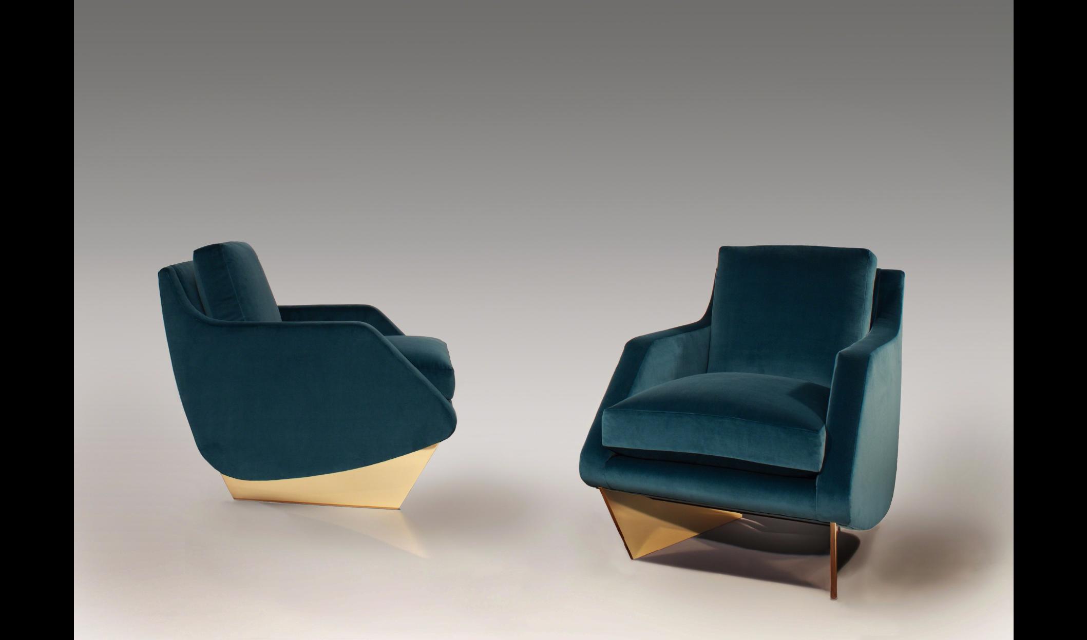 William T. Georgis Chairs