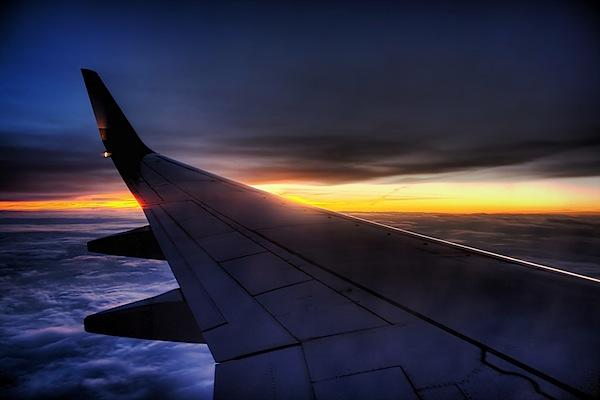 plane-window-photography-2.jpg