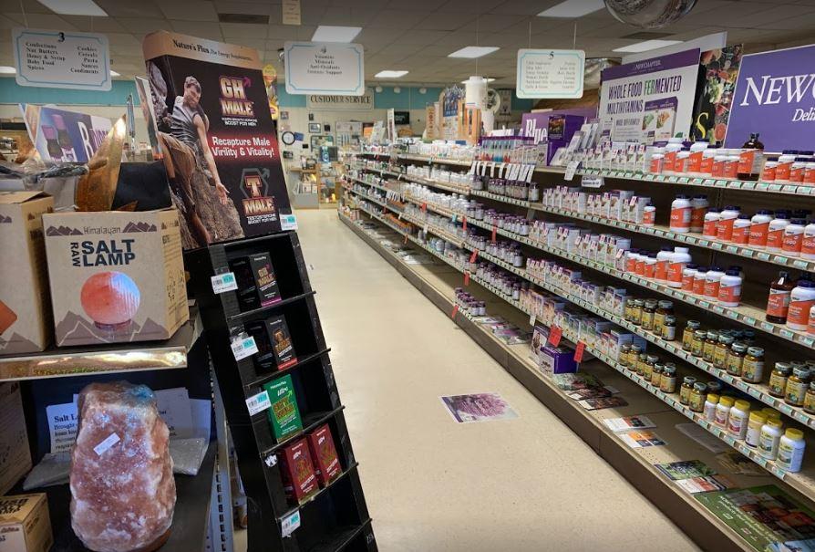 Moses Kountry Natural Foods and Vitamins.JPG