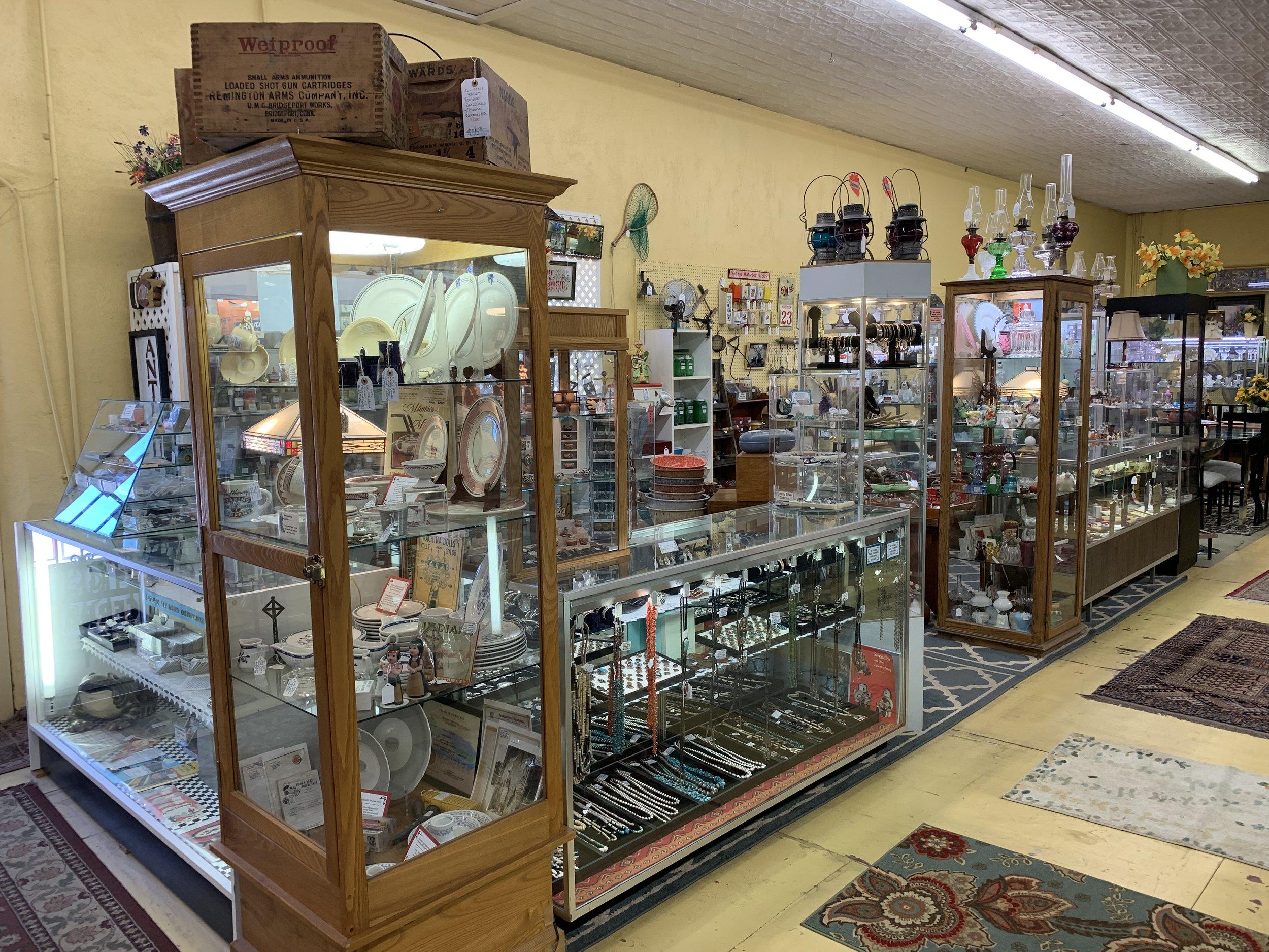 Montman's Antiques.jpeg