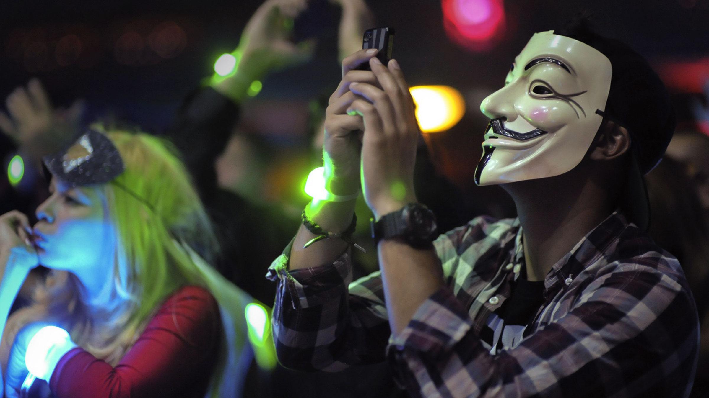 Demy_XXMasquerade_7.jpg