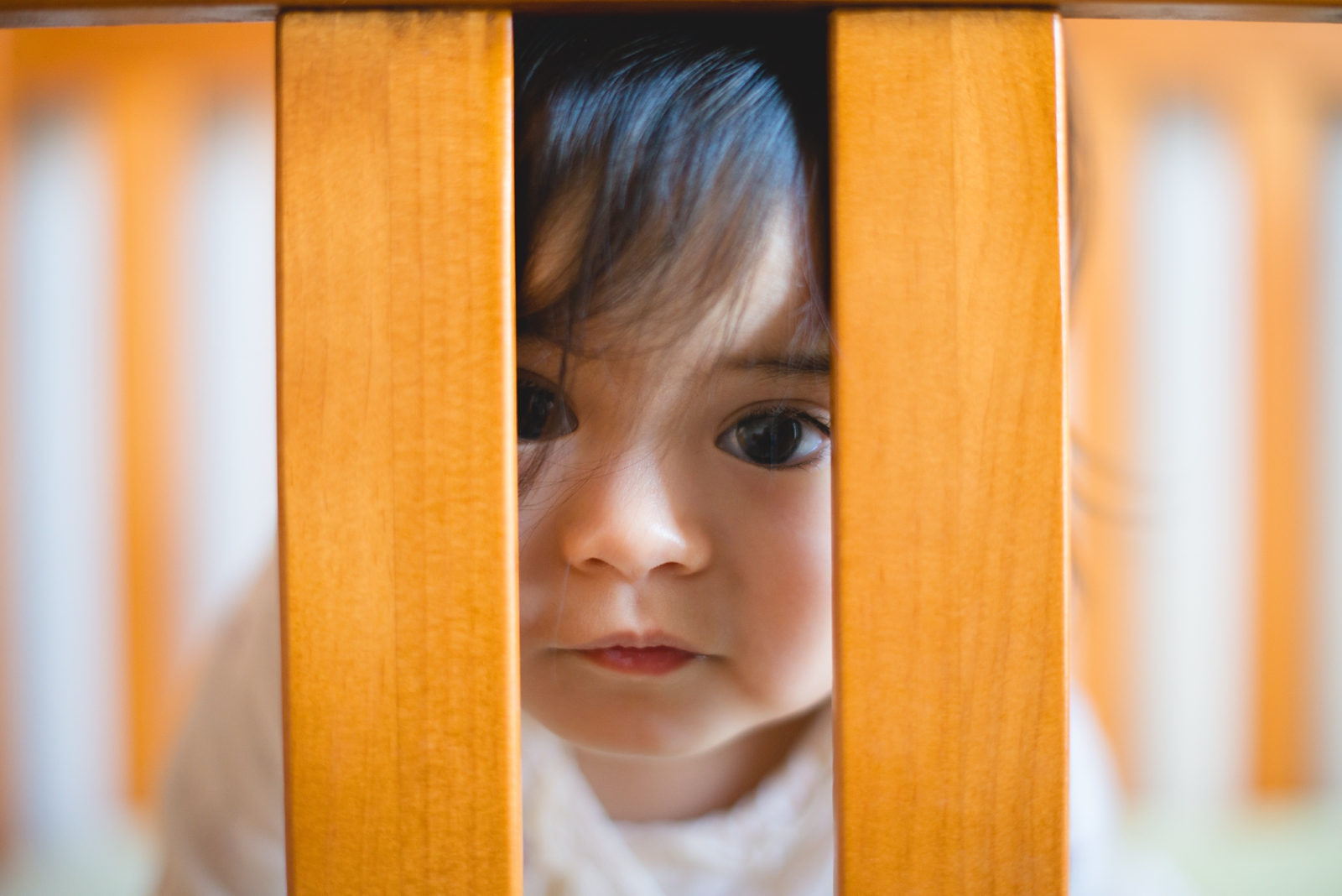 20130814-Amelia Stands in Crib-BLOGGrid_0003.jpg
