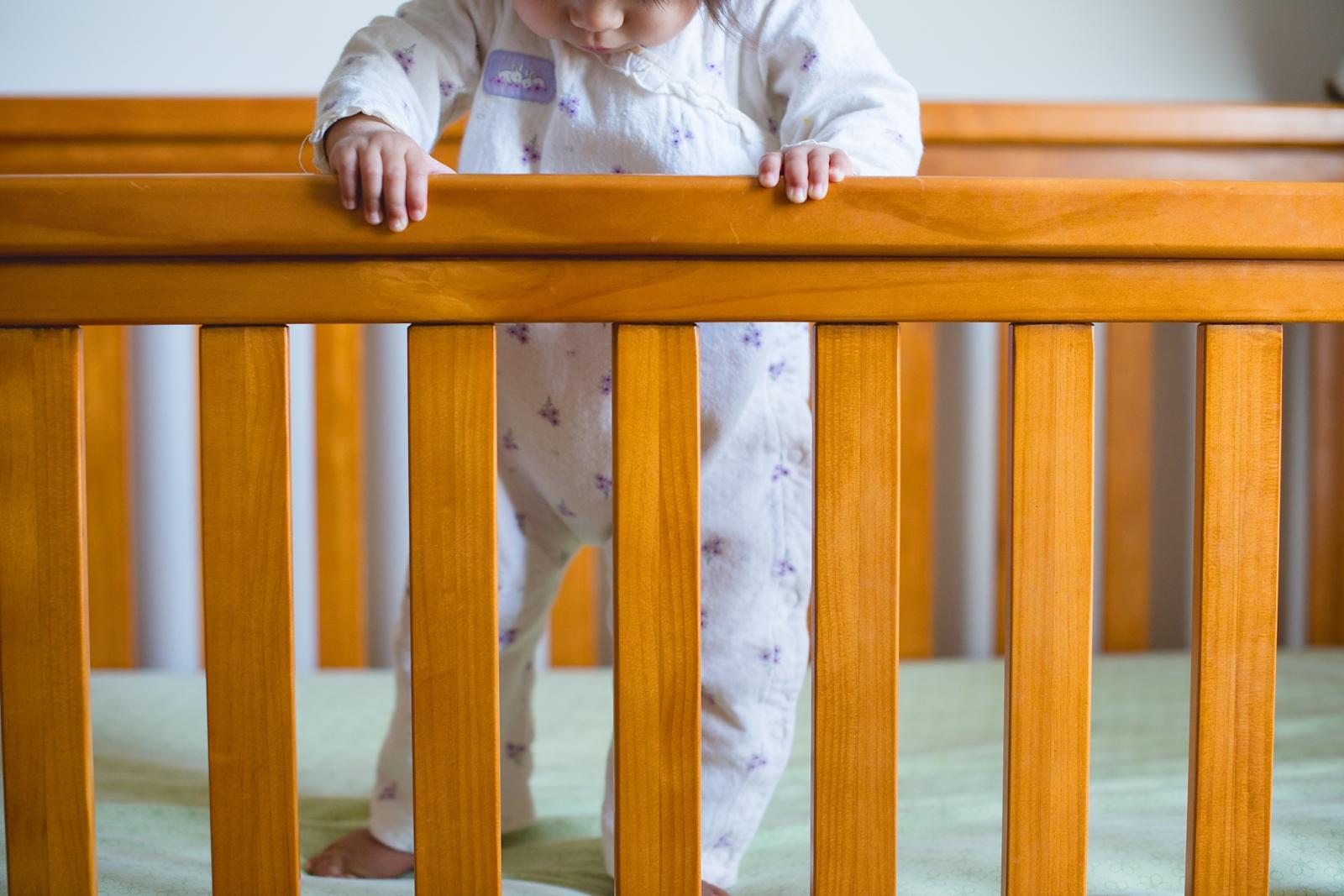 20130814-Amelia Stands in Crib-BLOGGrid_0005.jpg