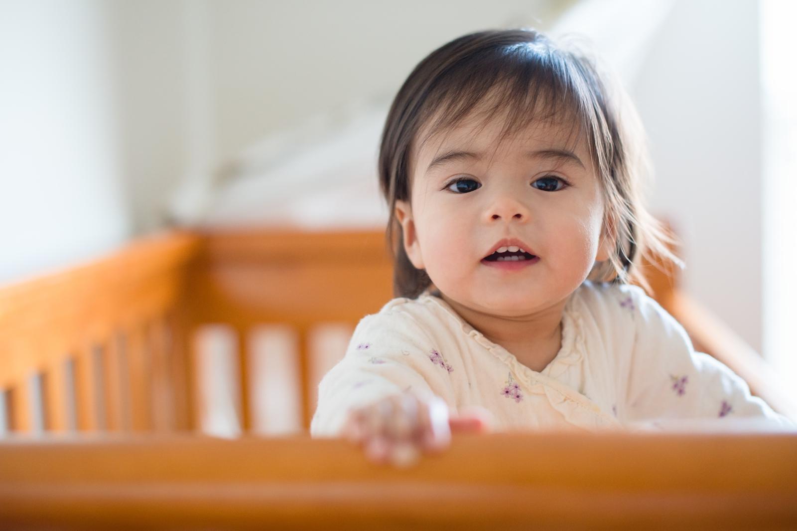 20130814-Amelia Stands in Crib-BLOGGrid_0015.jpg