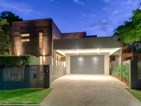 25 moonya street, bardon. sold for $1,875,000