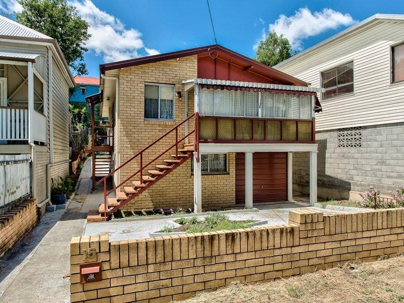15 warmington street, paddington. sold for $667,666