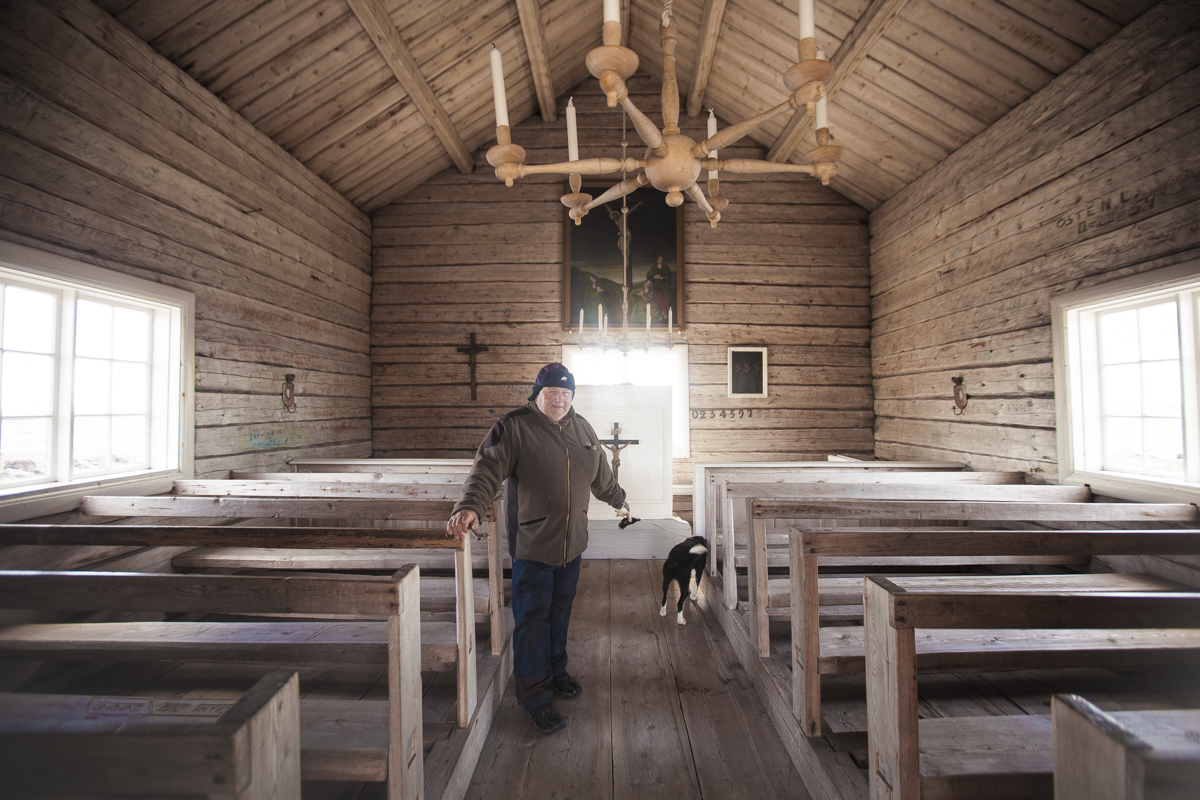 This friendly man opened the door with a enormous key to show us the inside of this little chapel