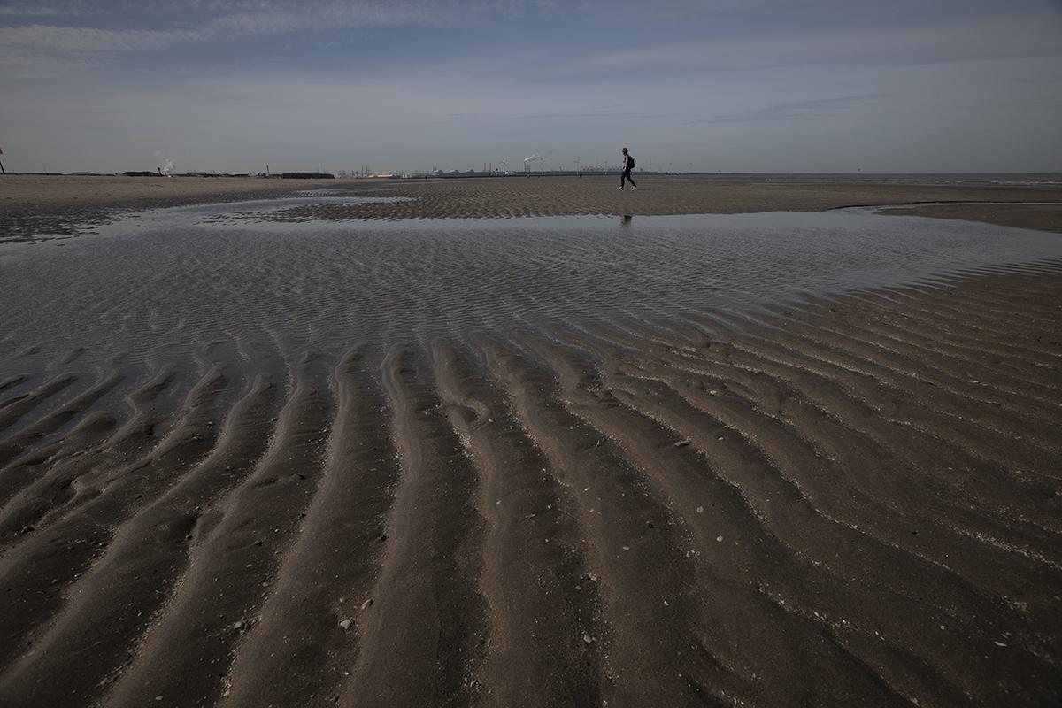 ClaireDroppert_Adobe_beach_before.jpg