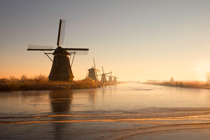 Kinderdijk on a cold morning