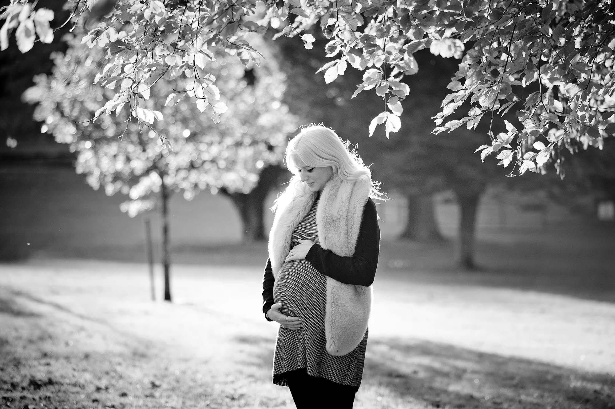 maternity-photoshoot-kent-11.jpg