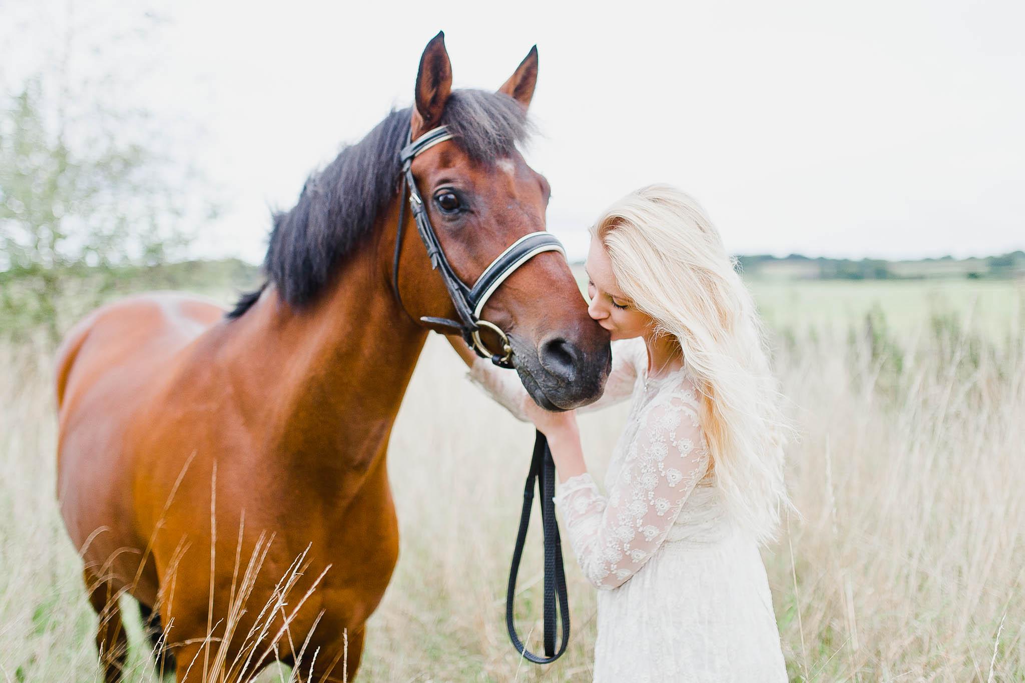 Charlotte & Ponies Compressed-93.jpg