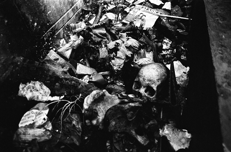 death skull north cemetery bury trash garbage philippines