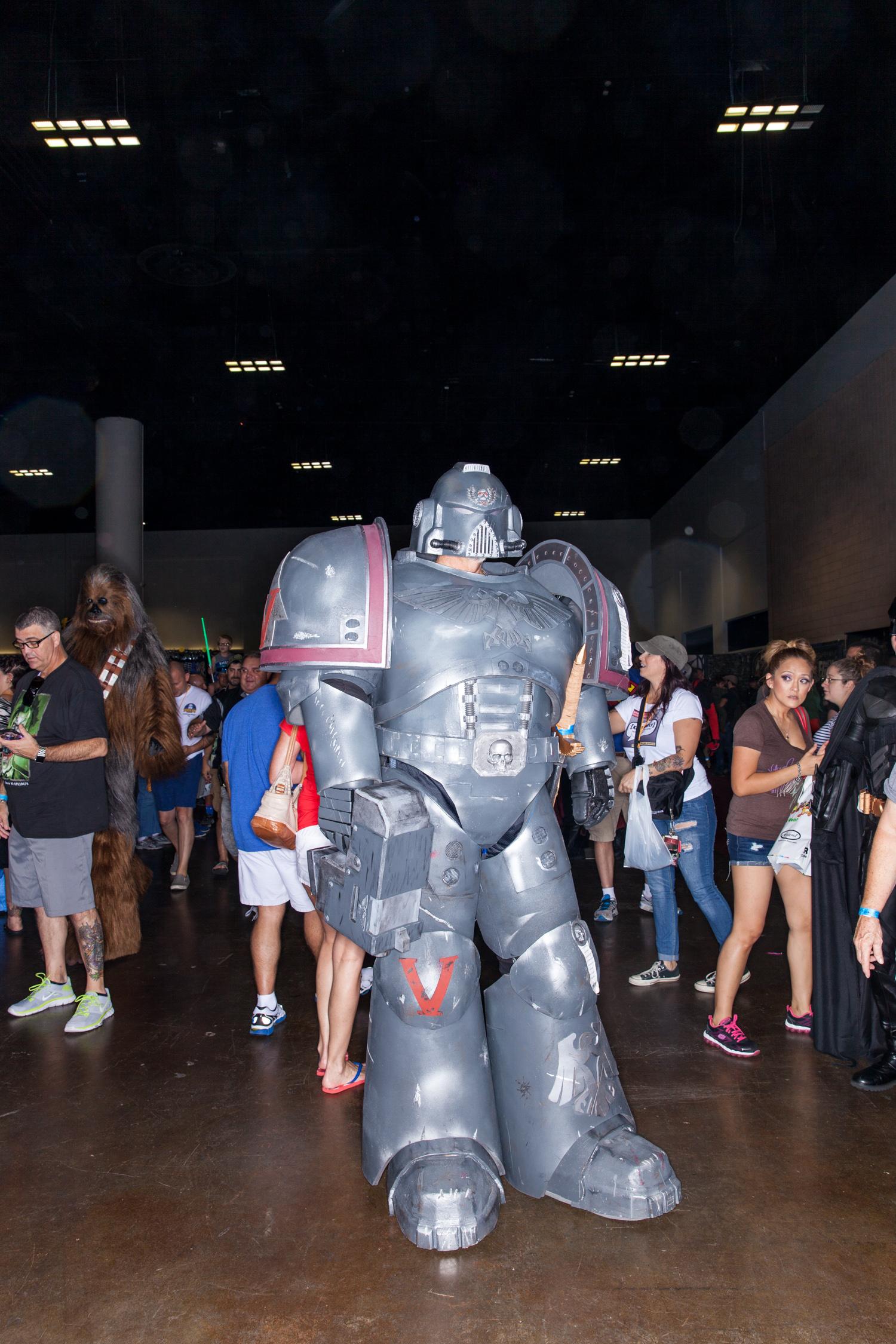 comic con large robot tampa bay florida convention center